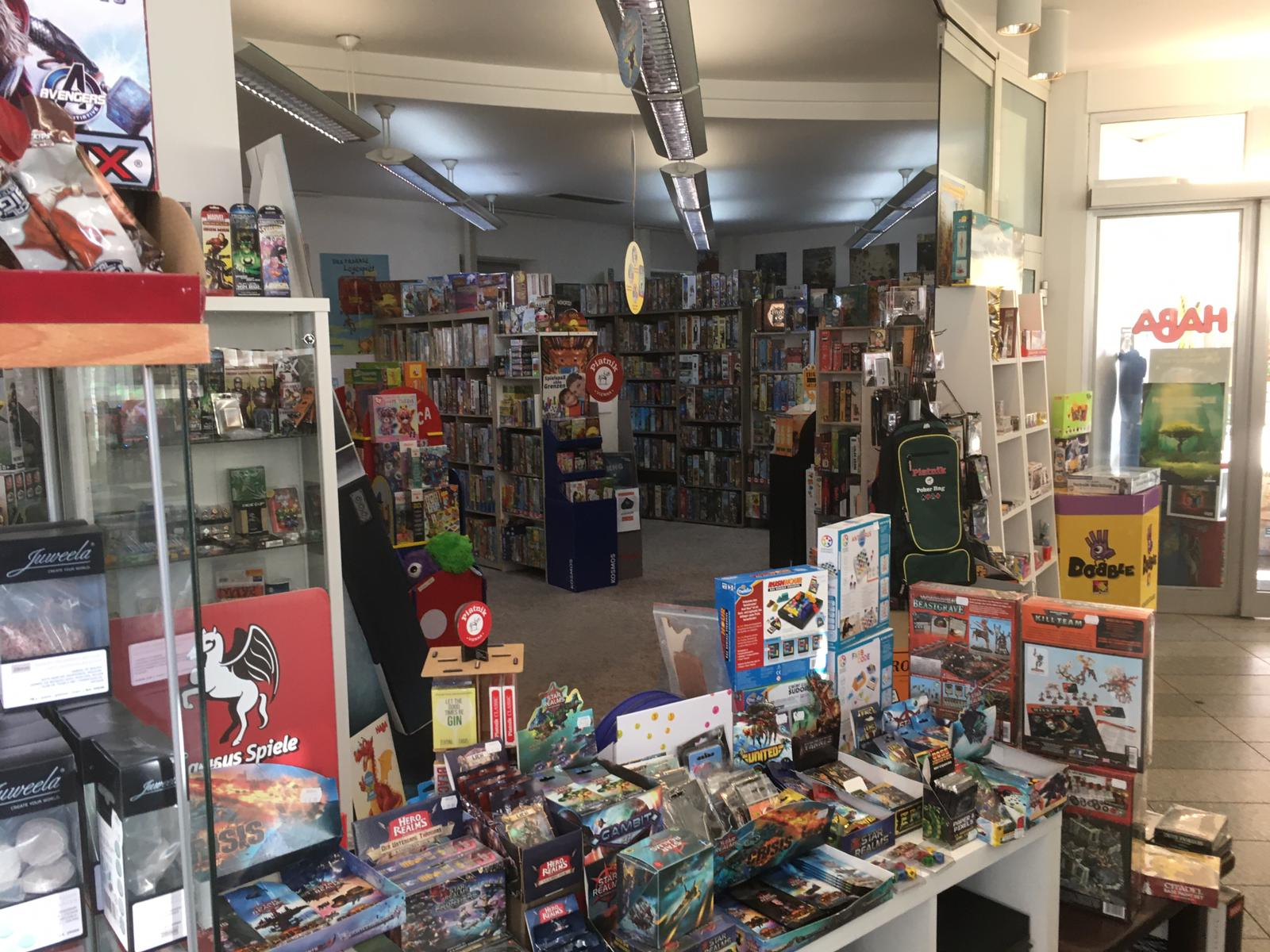 Infinity Gameday in Linz beim Games-Toys-and-more Shop